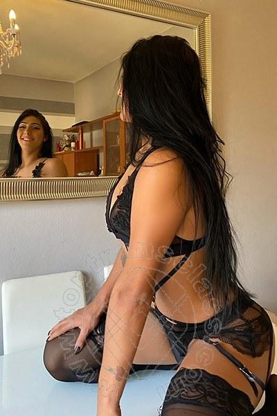 Beatrice Moreira  BARI 3274393993